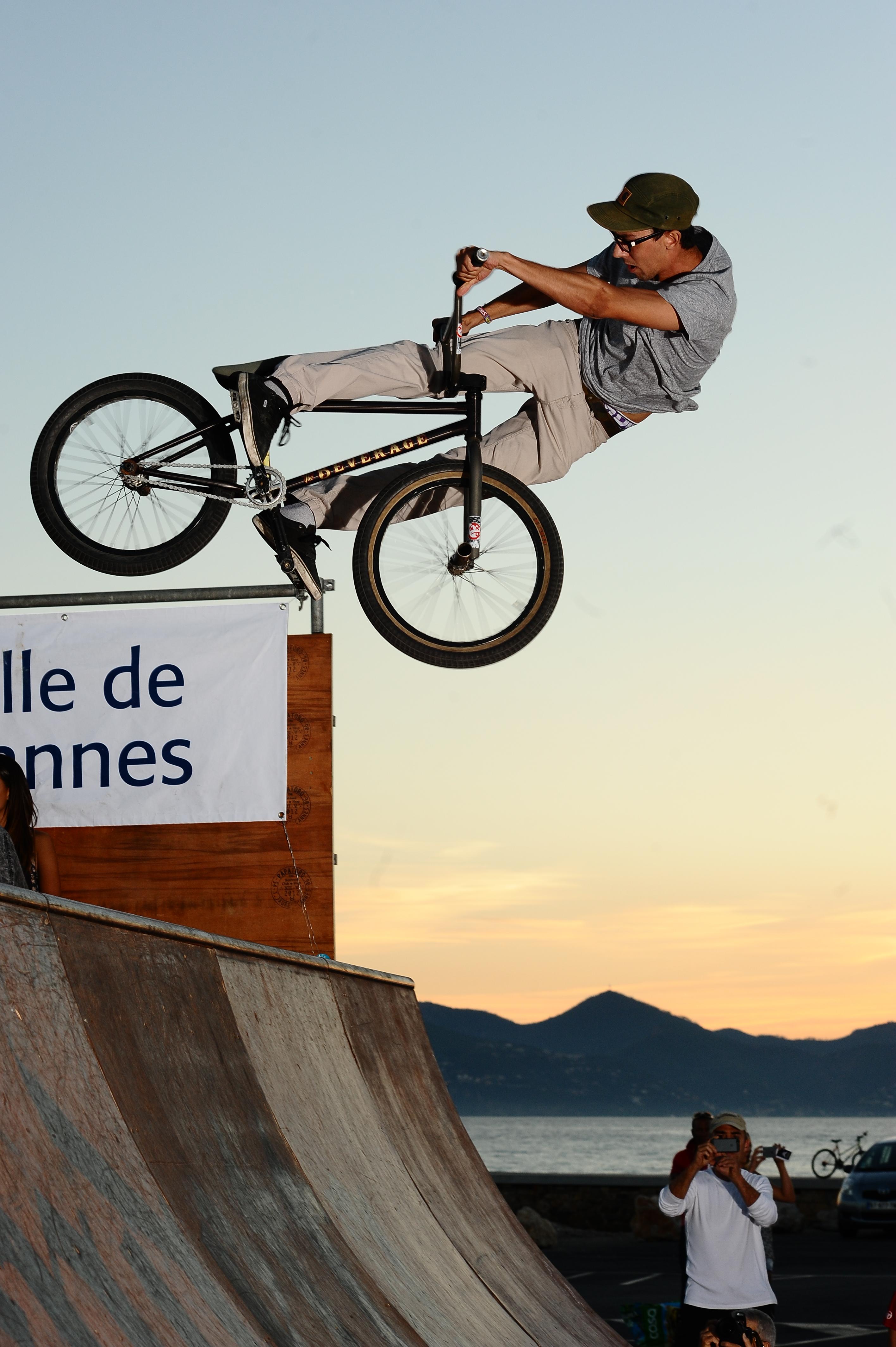 BMX miniramp EX&HOP Cannes