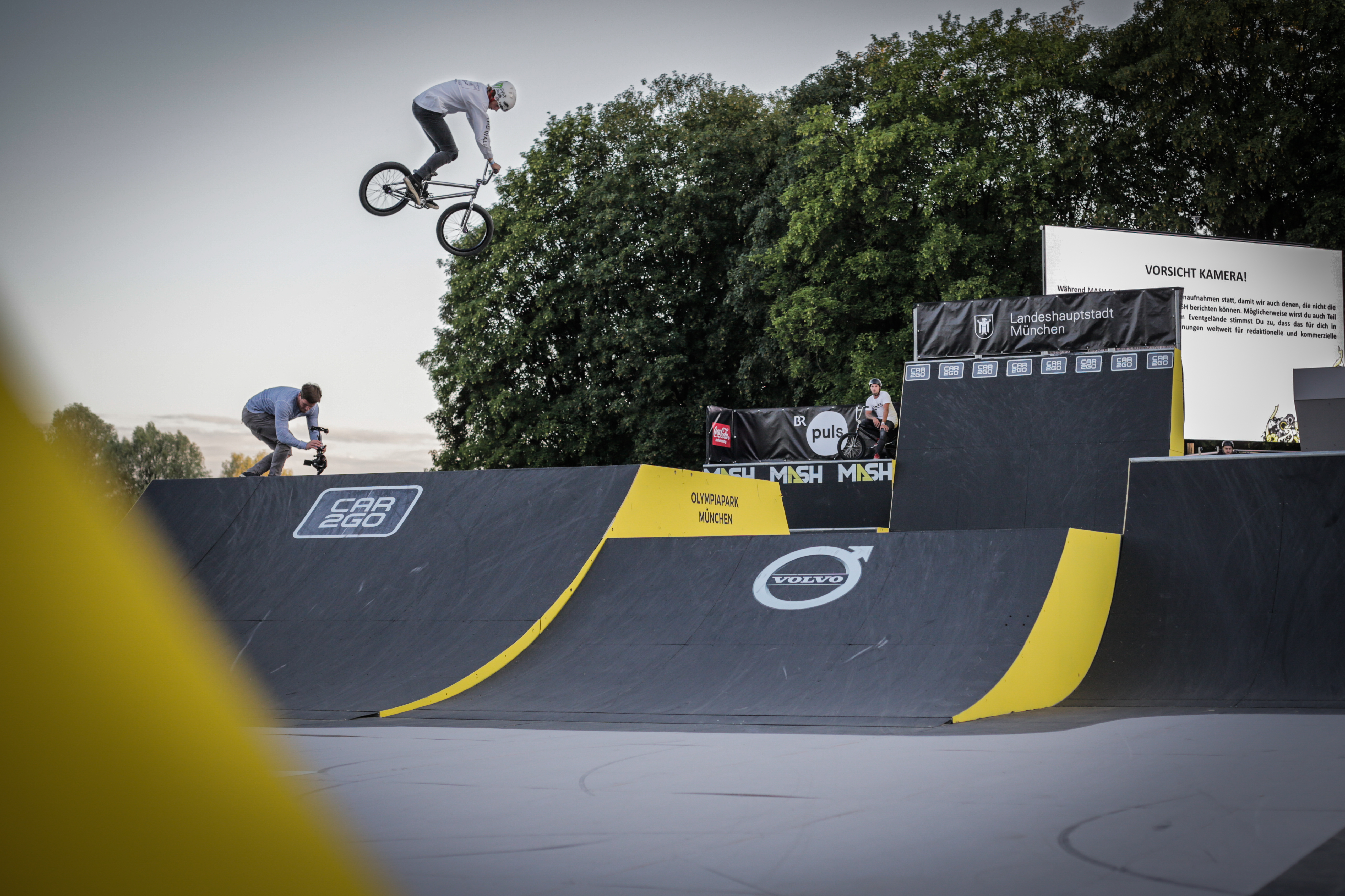 Steezin it out at the ride further sun down session